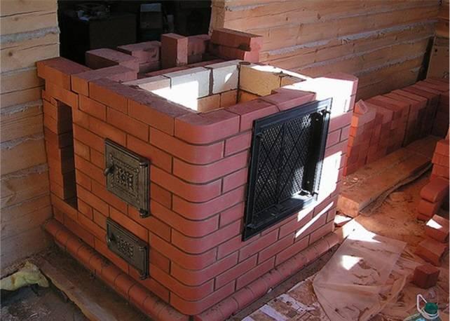 Какую печь поставить в деревянном доме
