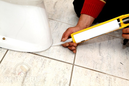 Как сделать туалет в дачном доме