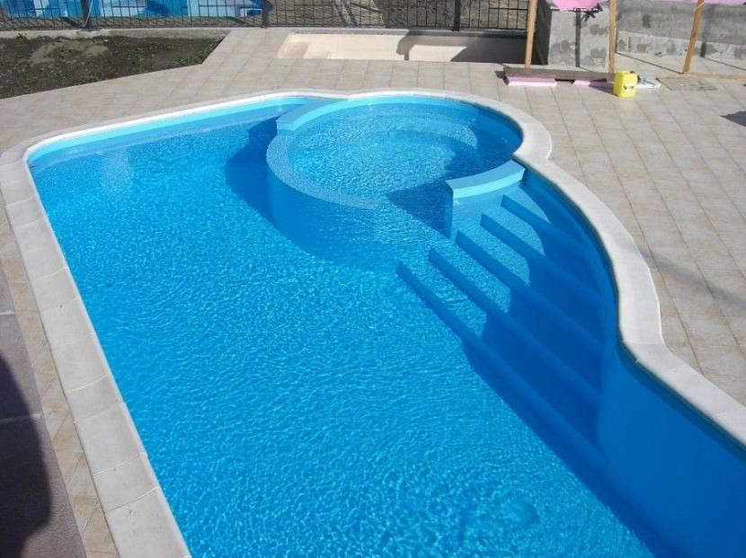 Пластиковий басейн