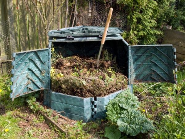 Как сделать яму для компоста своими руками